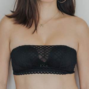 Textured Lace Multi-Way Strapless Bra