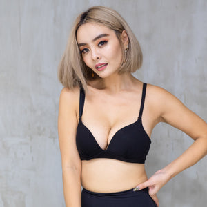 Pull-Over Comfy Cotton Wireless Bra in Black