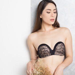 *RESTOCKED* Non-Slip Strapless Everyday Bra (Luxe Black With Lace)
