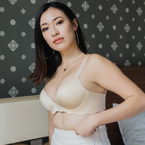 Oomph! Wireless Super Push Up Bra in Silky Nude