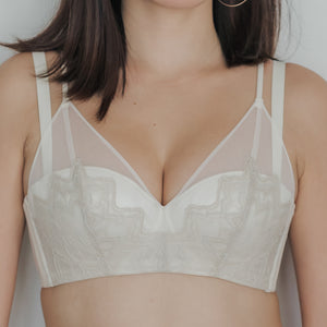 Elegant Romance! Convertible Push Up Bra in Cream