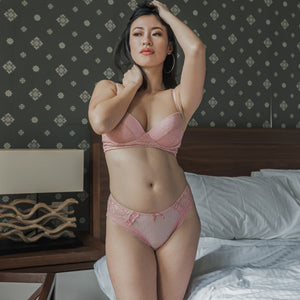 Romantic Polka Dot! Comfy Cheeky in Blush
