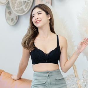 Endlessly Comfortable Push Up Wireless Bra in Black