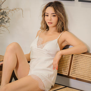 Satin Romance! Sleepwear Set in White
