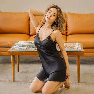 Forty Winks! Slumberwear Nightgown in Black