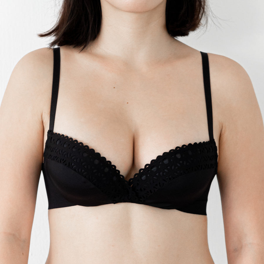 Hello-Super-Soft! Push Up Wireless Bra in Black