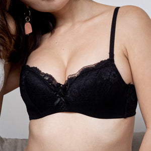 Floral Lacey Comfort! Push Up Wireless Bra in Black
