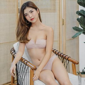 V-Laced Strapless Wireless Bra in Pink