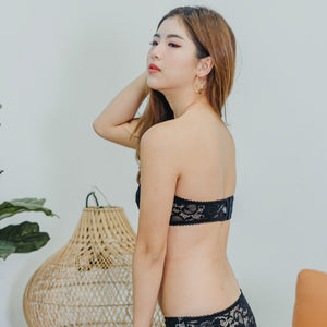 V-Laced Strapless Wireless Bra in Black