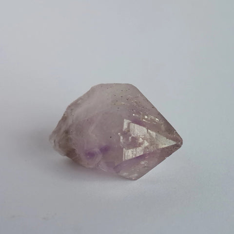 Small Amethyst Point - Crystals - Gemstones - Magical Earth Bug