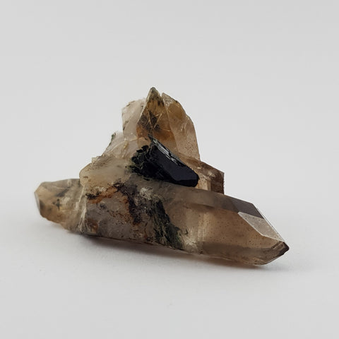 Double terminated smoky quartz crystal