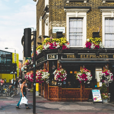 Five things I wish I knew about working in a UK Pub...