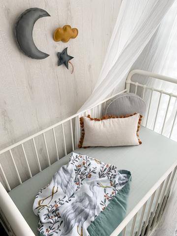 Pop Ya Tot - Reversible Muslin Cot Quilt - Kushiro Crane - August Lane