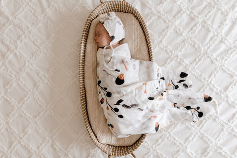 Lunas Treasures - Bamboo Muslin Swaddle Wrap - Golden Gum - August Lane