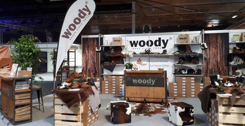 Messestand - woody Holzschuhe