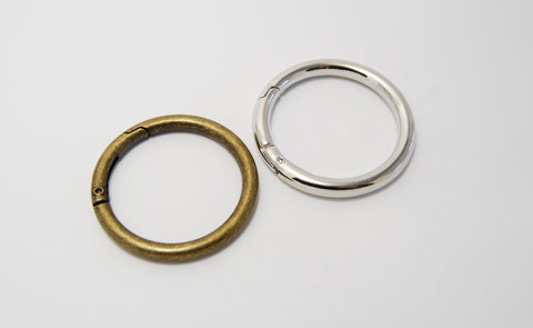 "1.5"" Spring Hinged Gate Rings"