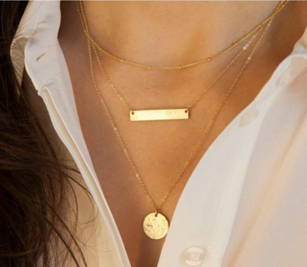 Bar & Circular Layered Necklace