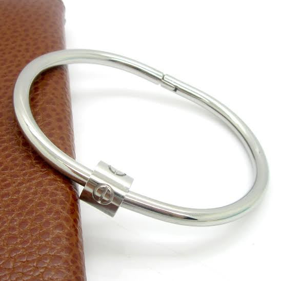 Solid Stainless Steel Screw Clasp Bangle