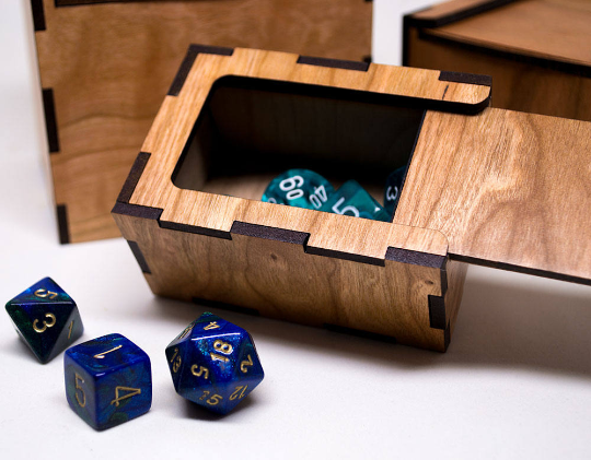 Gaming Dice Box - MTG D&D or any other Board game or Cardgame- Personalized Dice Box Engraved Cherry Wood - Wooden Dice Box