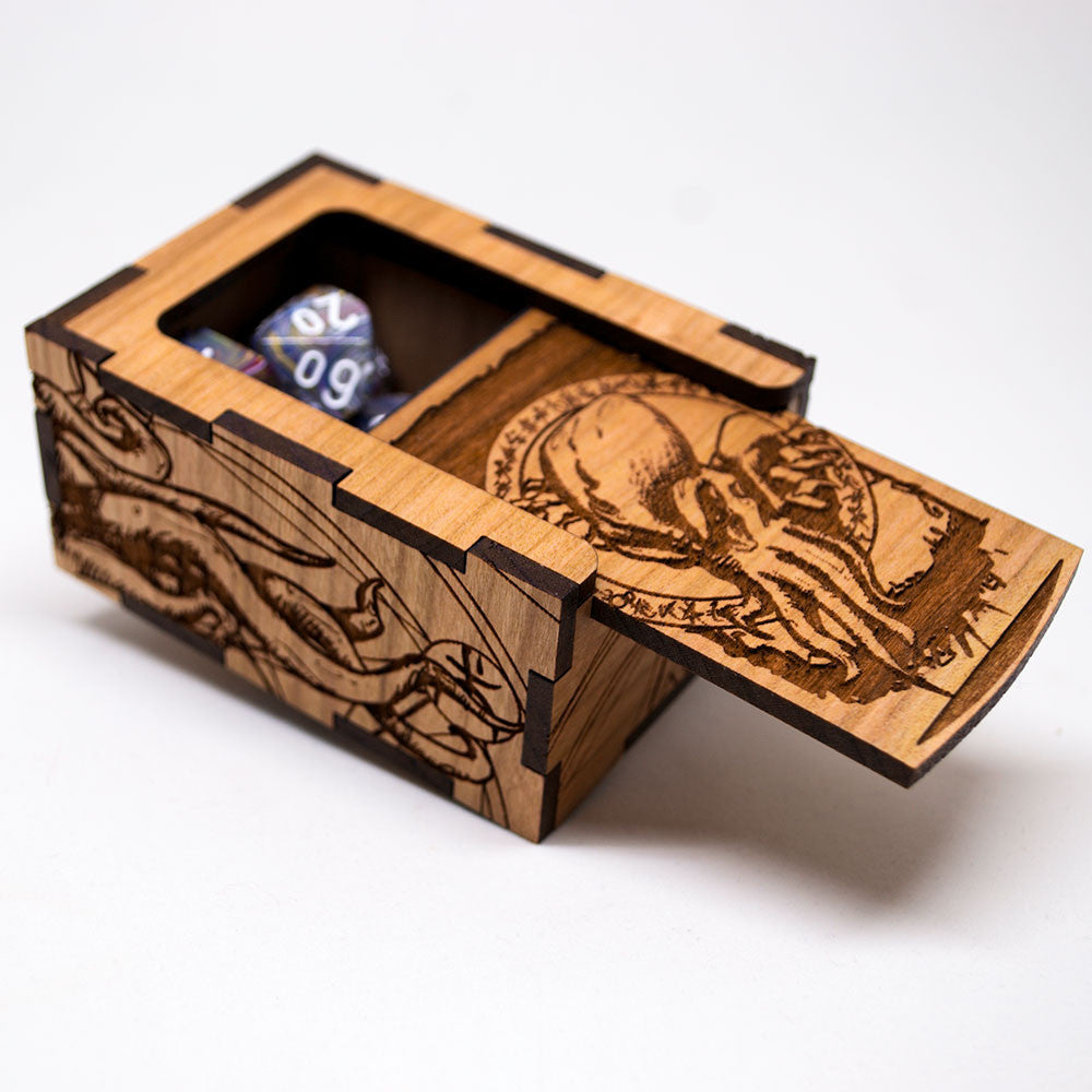 Dungeons and Dragons Cthulhu Dice Box - D&D Dice Box