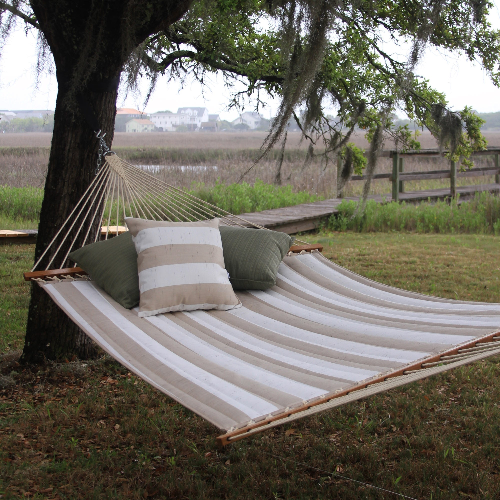 decade sand large quilted fabric hammock   pawleys island hammock     pawleys island hammocks   home  u0026 patio living  rh   homeandpatioliving