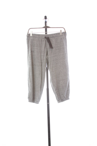 Women's Under Armour Heat Gear Light Weight Shorty Pants - Size Small