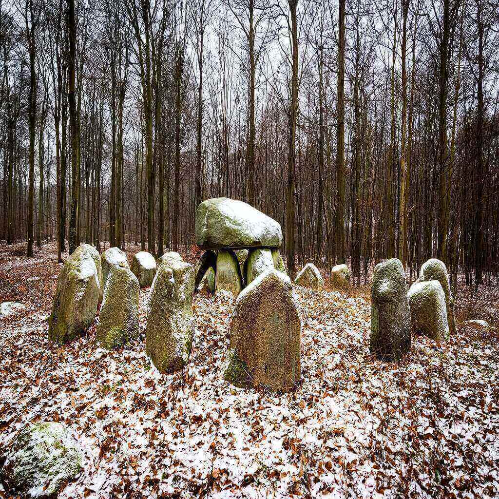 Viking tomb marked with stones