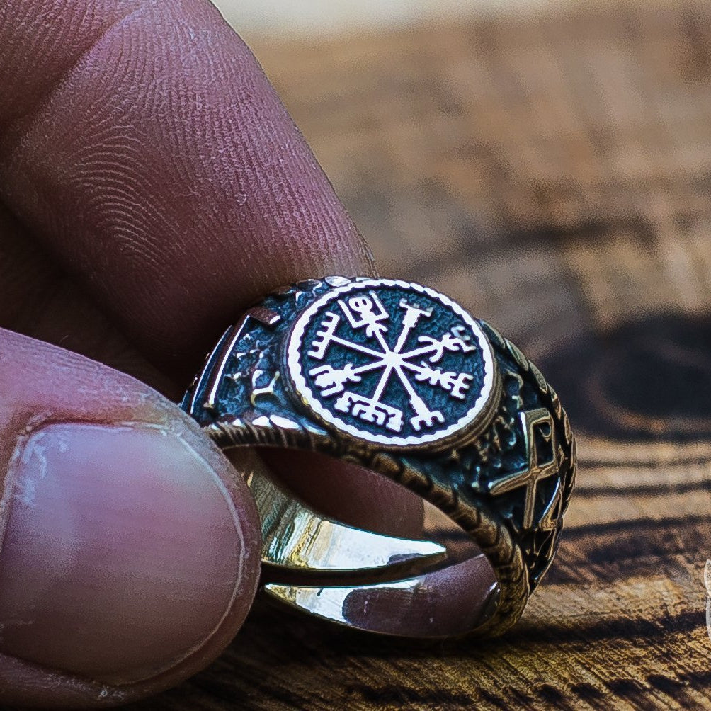 Hail Odin Runes with Vegvisir Symbol 925 Sterling Silver Norse Ring