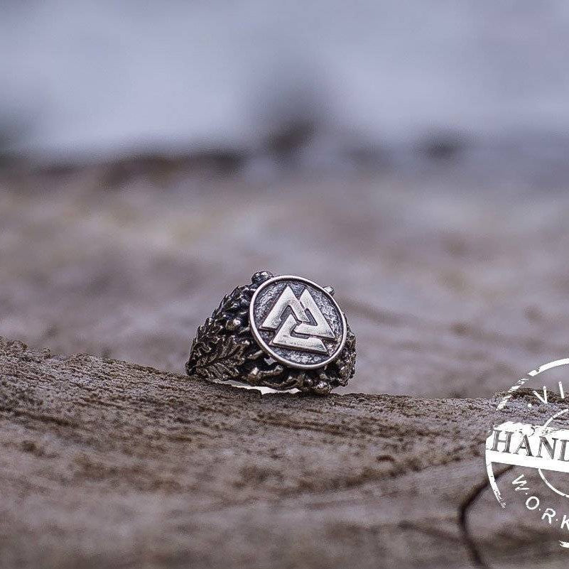 HANDCRAFTED Viking Valknut Ring with Oak Leaves | New Version