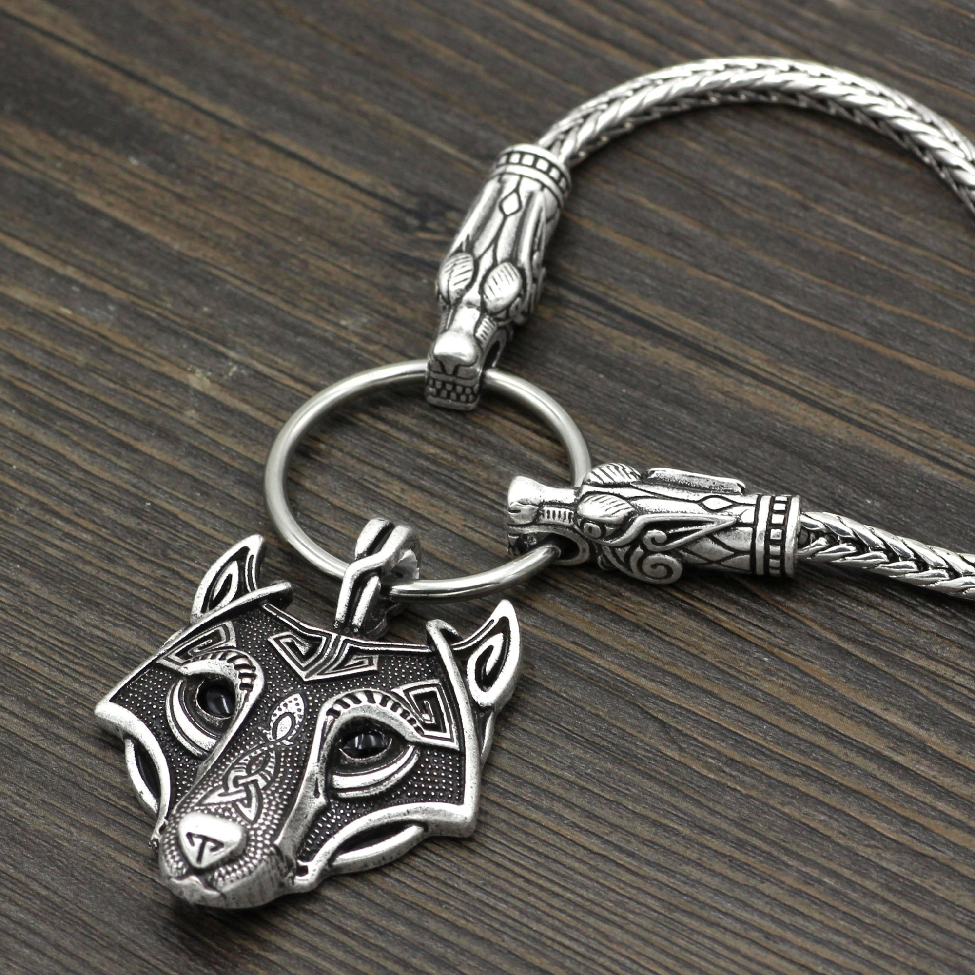 King's Chain Necklace with Wolf Head Beads and Wolf Head Pendant - VikingsBrand