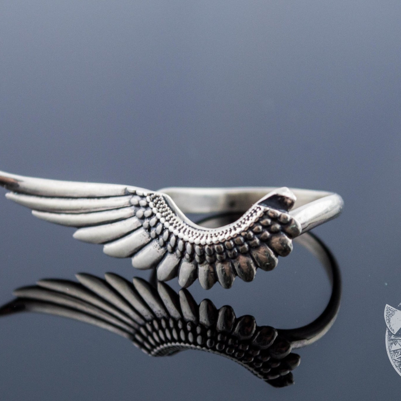 Light Weight Feather 925 Sterling Silver Viking Ring