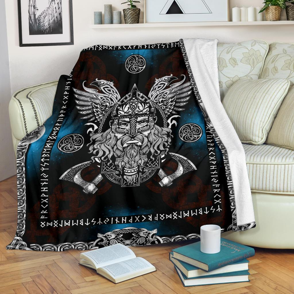 Norse God Odin with Ravens Fleece Blanket - VikingsBrand