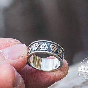 Simple Valknut Ring - VikingsBrand