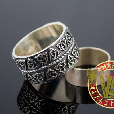 Sterling Silver Ring with Triquetra Symbol Ornament - VikingsBrand