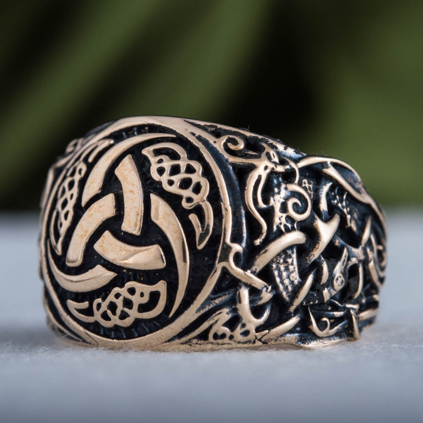 Triple Horn of Odin Bronze Viking Ring with Mammen Ornament