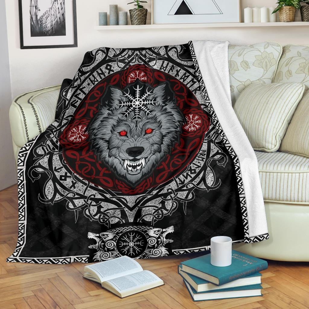 Wolf with Helm of Awe Fleece Blanket - VikingsBrand