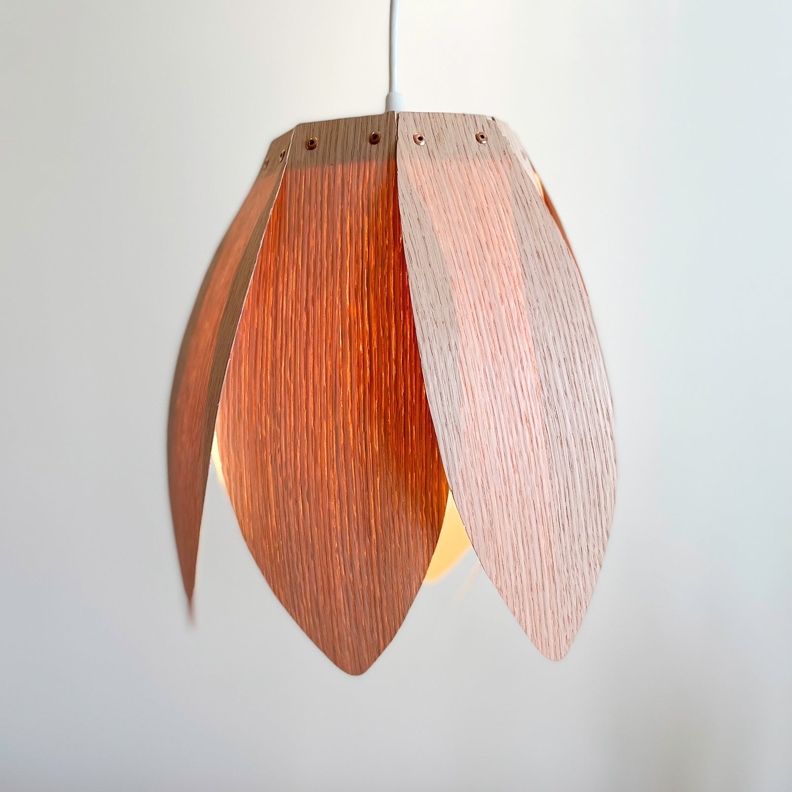 Flora 1 / Hanging Lamp / Oak