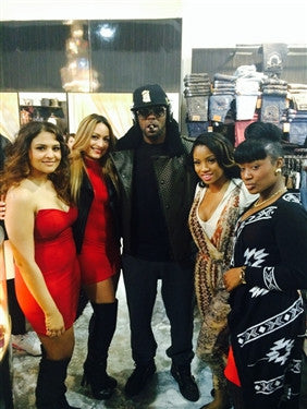 R KELLY shopping at Pure South Park Mall CLT