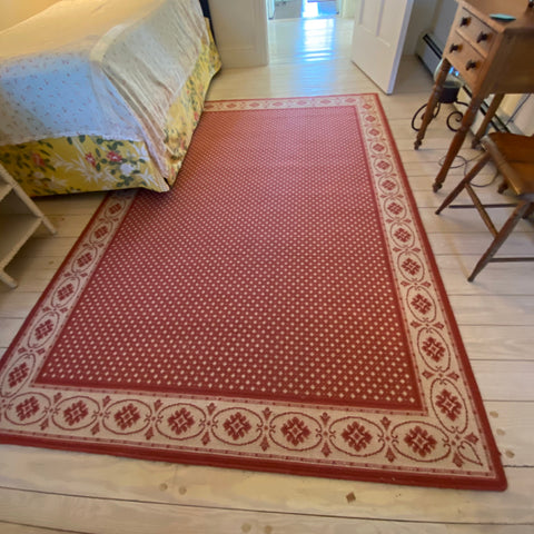 "Pink Country Star Wool Area Rug 5'8"" x 8'"