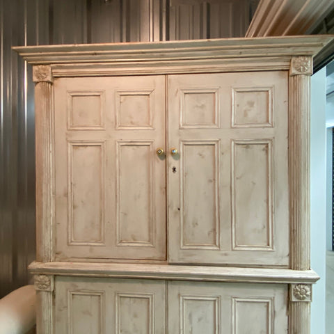 Whitewashed Linen Press with Fluted Carving & Panels Doors