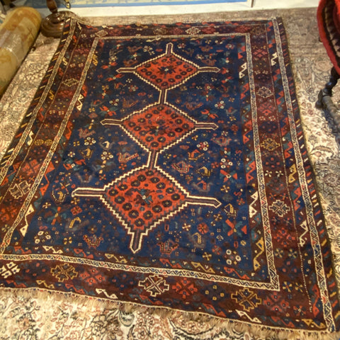"Coral and Navy Shiraz Diamond Trio Medallions Persian Rug 5'3"" x 6'3"""