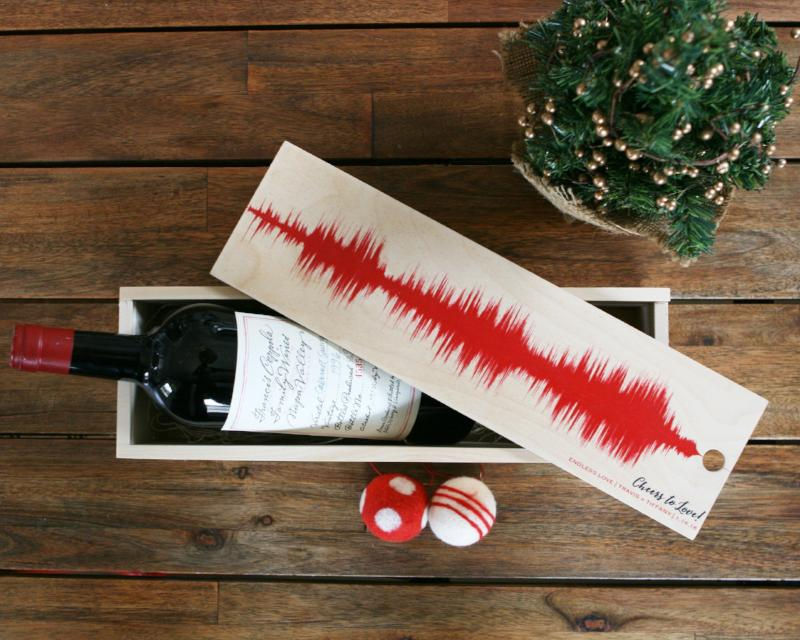 Wood Wine Box, Wine Lover Gift, Custom Gift, Song or Voice Wave - Artsy Voiceprint