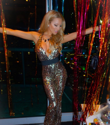 Get Lisa Hochstein's Look for Less !