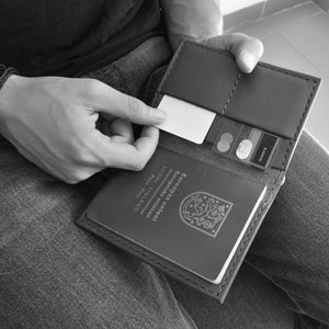 Travel Wallet | Black