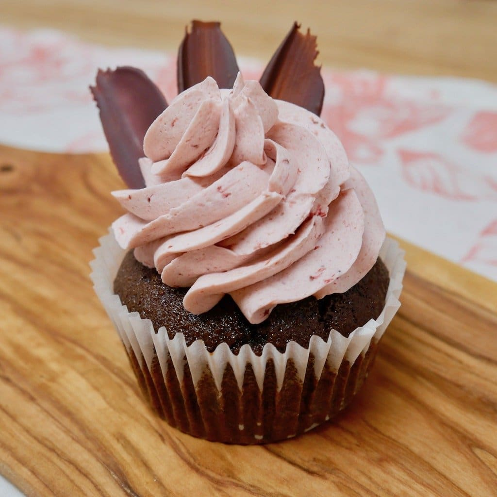 Gluten-Free Strawberry Chocolate Cupcake