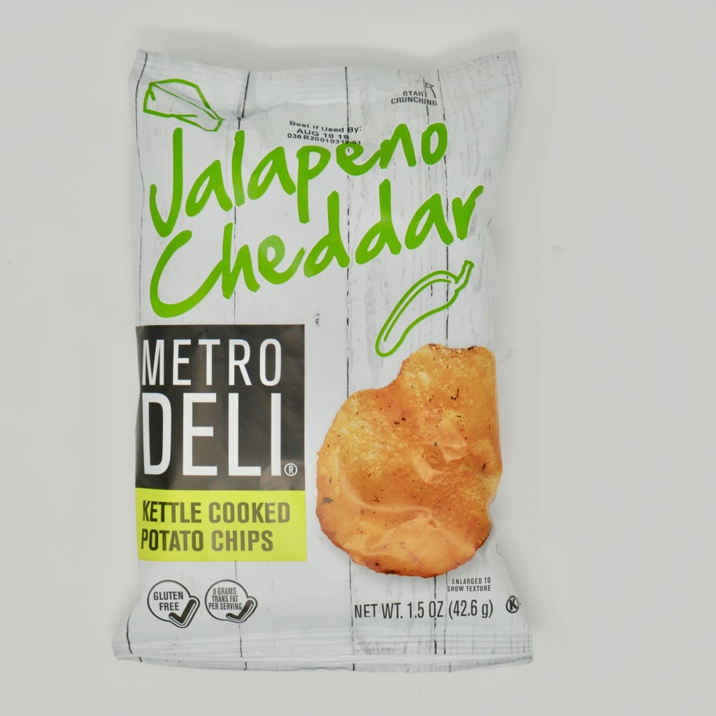 Metro Deli Jalapeño Cheddar Kettle Cooked Potato Chips