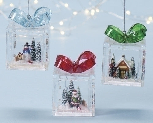 "3"" GIFTBOX ORNAMENT W/SCENE"