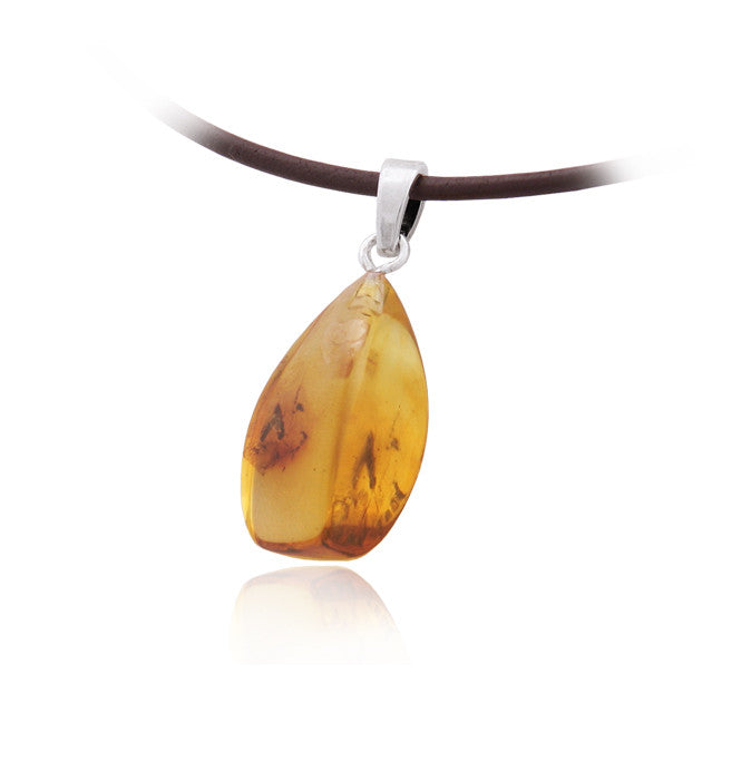 Pendant Baltic Amber With Insect Inclusion – Oval