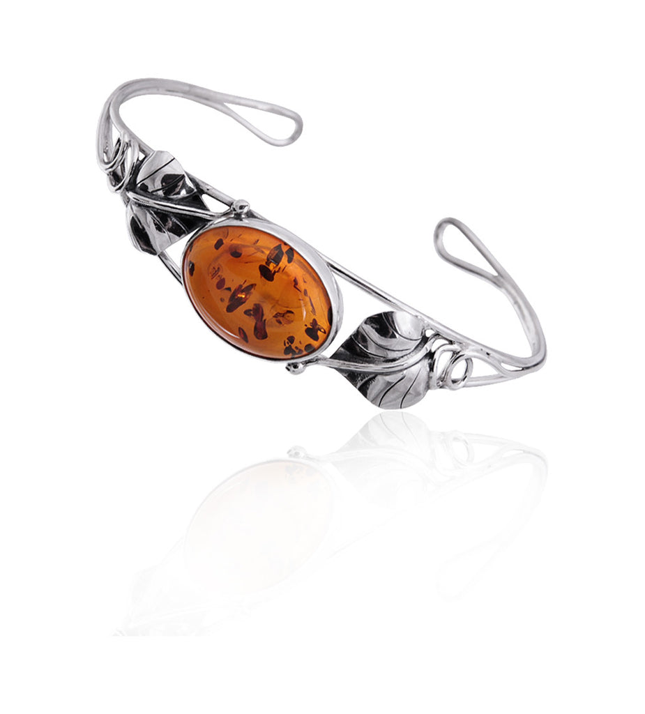 Bracelet Baltic Amber with Oxidized Leaves – Oval