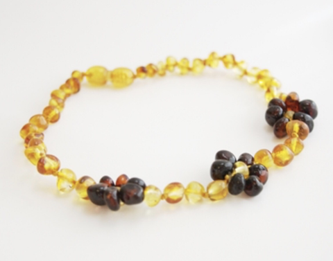 Baltic Amber Necklace- Honey Chestnut Flower - Molly Pop Boutique